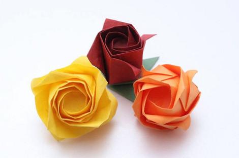 薔薇の立体折り紙 カワサキローズ(講師 川崎亜子氏)