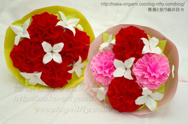 鈴木恵美子氏のカーネーション(左)と9セル隣接構造のカーネーション(右)の花束