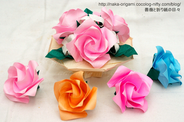 すべての折り紙 バラ作り方 折り紙 : 基本形から折る「やさしいバラ ...